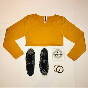 NWT Mustard colored body con long sleeve